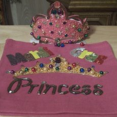 MARDI GRAS CROWN AND BAG