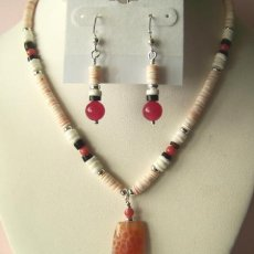 "HANDMADE PUKA SHELLS & DRAGON VEINS PENDANT 16"" LONG"