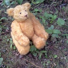 10 inch string jointed bear