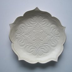 Winter White Scroll Lotus Plate