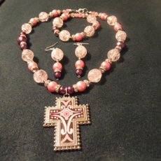 Handmade pink and Maroon Pearl with pale pink crackle glass 3 pc. set
