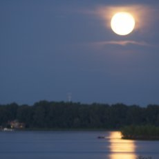 Super Moon Fishing