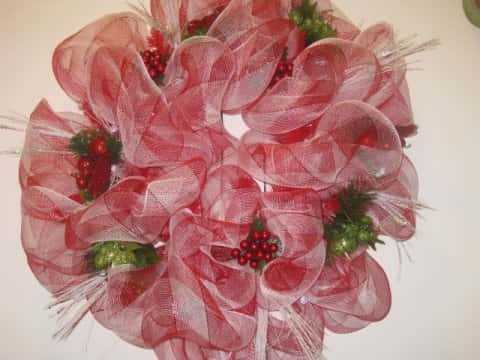 Christmas Red and White Mesh Wreath