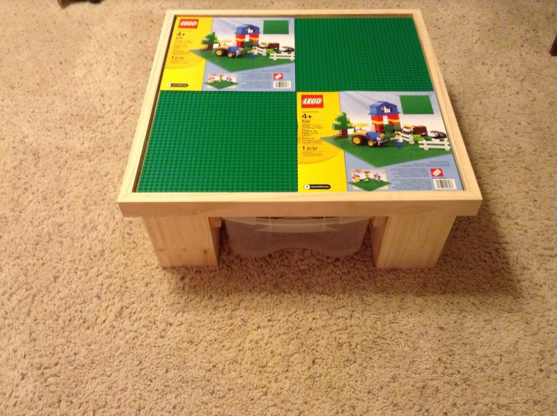 Lego Table With 4 Plates And Clear Storage Tray Underneath