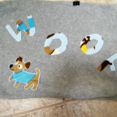 Reversible Pet Bed made of fleece, lined with sewn in pillow case.