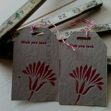 "Recycle cardboard box ""wish you luck"" hang gift tag 