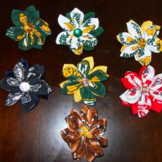 Flower and bow ties for collars