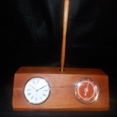 Cherry Desk clock pen set