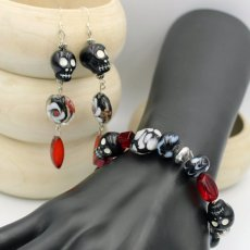 Fun black skull beaded earrings and bracelet set