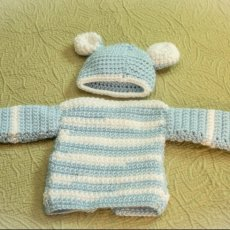 Baby Bear Boy Sweater and hat