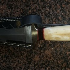 Damascus hand made dagger
