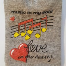 "Grey No-Show Socks ""Music & Love"""