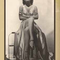 1930s Glamour Girl Vintage-like Greeting Card