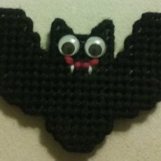 Halloween Bat Magnet in Plastic Canvas
