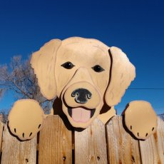Golden Retriever Dog Fence Peeker Yard Art Garden Decoration