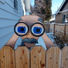 Peekin' Pete Fence Decoration Garden Yard Art Father's Day Gag Gift