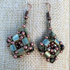 Greenish and bronze earrings