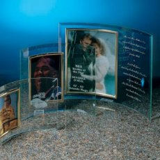 Curved Glass Photo Frame & Gift Items