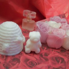 Beehive and Bear Soap Gift Set
